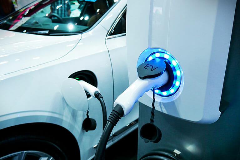 Ev hybrid car charging